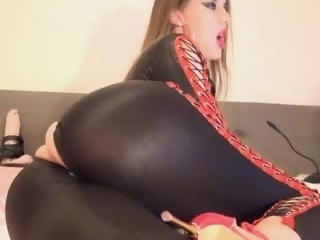 Free webcam sex show with  Natashsquirt